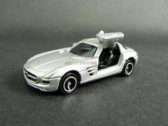 2013 TAKARA TOMY TOMICA DIECAST NO.91 MERCEDES BENZ SLS AMG SCALE 1/65