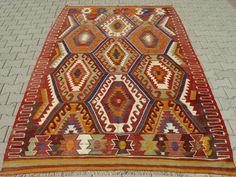 VINTAGE Turkish Kilim Rug Carpet Handwoven by TurkishCraftsArts Carpets, Rugs On Carpet, Natural Fiber Rugs, Rug Ideas, Kilims, Turkish Kilim Rugs, Hand Weaving, Bohemian Rug, Textiles