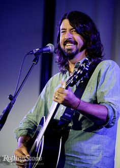 Amazing Dave Grohl...........