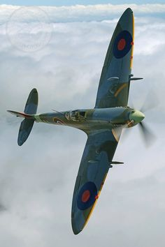 Spitfire-courtesy of classic aircraft photography. Spitfire-courtesy of classic aircraft photography. Ww2 Aircraft, Fighter Aircraft, Military Aircraft, Fighter Jets, Spitfire Supermarine, Spitfire Airplane, The Spitfires, Ww2 Planes, Aviation Art