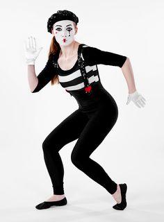 Toller Schminktipp zu Karneval und Fasching: Unsere Pantomimin #maskworld #karneval #fasching #schwarz #weiß #schminken