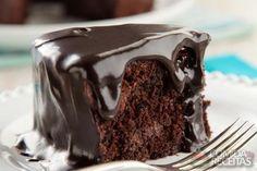 Receita de Bolo triplo de chocolate