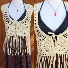 Crochet Fringe Vest 70s Hippie Blouse Woven Boho Cream Hippy Festival Woodstock Bohemian Fall Autumn White Ivory Native Ethnic Size Medium