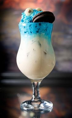 Cookie Monster Cocktail Recipe; alcoholic beverage.  Yes it is food, there's a cookie involved!!