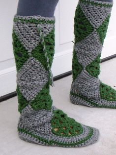 Crocheted MukLuk Boot-need to find a pattern!