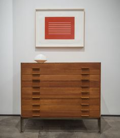 """#Tbt 2014 collaborative exhibition """"Forms of Attraction"""" with Sean Kelly, featuring iconic pieces by furniture designer #PoulKjaerholm alongside works by artist #DonaldJudd. #PastExhibition #HistoricalDesign #RandCompany #RandCompanyNYC2014"""