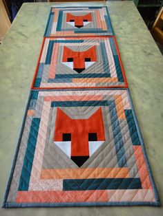 The central fox blocks are from Elizabeth Hartman& Fancy Fox quilt pattern. My husband& family name on his mother& side is Fox, so when the release of . Longarm Quilting, Quilting Projects, Quilting Designs, Quilt Design, Elizabeth Hartman Quilts, Fox Quilt, Quilting Quotes, Fabric Postcards, Animal Quilts