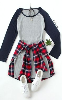 How to wear fall fashion outfits with casual style trends Teenage Outfits, Teen Fashion Outfits, Outfits For Teens, Fall Outfits, Girl Fashion, Summer Outfits, Dress Fashion, Casual Teen Fashion, Casual Dresses For Teens