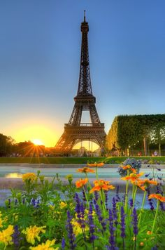 Amazing Snaps: Sunset Over Eifel Tower, Paris, France | See more