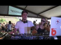 Flow & Zeo Boiler Room Rio de Janeiro - YouTube