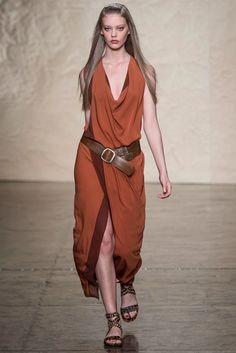 Donna Karan Spring 2014 Ready-to-Wear Fashion Show - Vanessa Axente
