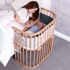babybay® Bedside Sleeper is a bedside co sleeper bassinet that will save your sleep.