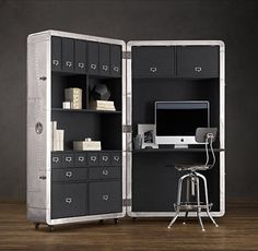 Restoration Hardware offers us Blackhawk Secretary Trunk. This trunk aluminum wheels inspiredby the old aircraft fuselage is intended to serve as a mobile office that can store all your Kit Homes, Home Office Furniture, Furniture Design, Trunk Furniture, Modern Furniture, Retro Office, Mini Office, Small Office, Box Office