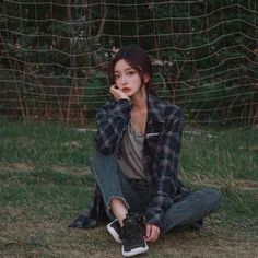 Find images and videos about model, ulzzang and korea on We Heart It - the app to get lost in what you love. Pretty Korean Girls, Cute Korean Girl, Asian Girl, Mode Ulzzang, Ulzzang Korean Girl, Look Fashion, Girl Fashion, Fashion Outfits, Ulzzang Fashion