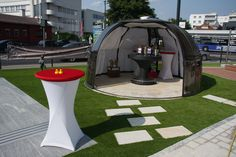 Come to see our showroom of enclosures by Alukov a. in Austria Dome House, Showroom, This Is Us, Park, Outdoor Decor, Home Decor, Corse, Wels, Decoration Home