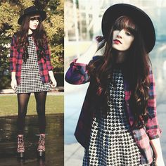 Unif Plaid Platform, Sheinside Plaid Shirt, Sheinside Houndstooth Sweater