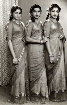 The Travancore Sisters were a famous dancing trio and one of them, Padmini, was a major star in South Indian cinema and also acted in Hindi films. ~A bevy of beauties Vintage Bollywood, Indian Bollywood, Bollywood Stars, Bollywood Fashion, Vintage India, Beautiful Bollywood Actress, Most Beautiful Indian Actress, Indian Heroine, Evolution Of Fashion
