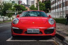 Belíssimo Porsche 911 Carrera S (991MK1) nas ruas curitibanas.  #cargram #carphotography #amazingcars247 #autogespot #autos #blacklist #caroftheday #carporn #carswithoutlimits #itswhitenoise #carinstagram #porsche #911carreras #porsche911 #MKI #germany #flagras #canon #hoyafilter #curitiba #ctba #parana #pr #brasil #brazil #br http://unirazzi.com/ipost/1509795116943347679/?code=BTz3qjdBw_f