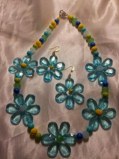 Springtime necklace. So cute i cant stand it! :-)