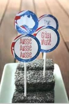 Australia Day Decor - could just use Aussie flag toothpicks Party Co, Party Time, Australia Day Celebrations, Australian Party, Aussie Food, Aussie Bbq, Aus Day, Anzac Day, Diy Party Decorations
