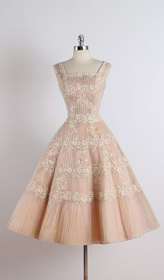 Vintage and Designer Evening Dresses and Gowns - For Sale at Vintage Ceil Chapman Nude Organza Lace Party Dress at Vintage Fashion 1950s, Vintage 1950s Dresses, Vintage Mode, Vintage Clothing, Vintage Style, Fifties Fashion, Retro Style, Ebay Clothing, Lace Party Dresses