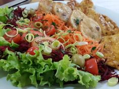 Light de filé de frango com salada.