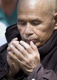 zen master Thich Nhat Hanh drinking tea