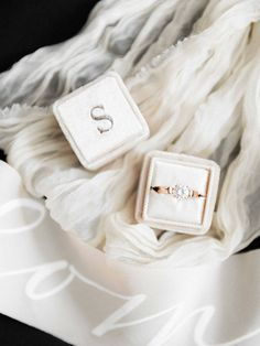How to Style a Fine Art Wedding | SouthBound Bride | Credit: Velvet Ring Box by Bark and Berry
