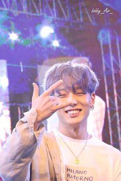 bobby is hknestky the cutest Chanwoo Ikon, Kim Hanbin, Black Kpop, Yg Entertainment, Fandom, K Pop, Ikon Member, Winner Ikon, Dark Anime