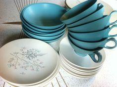 Vintage BOONTONWARE Melmac // Melamine Dish set! 30 Pieces! Mid-century Atomic   eBay