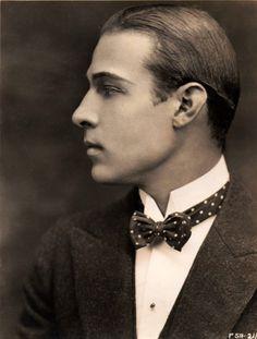 Vintage Blog - Rudolph Valentino 1922. My grandmother LOVED him!!!