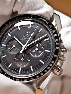 cc Black Friday deal off all purchases discount code: shop herbhandler.cc Black Friday deal off all purchases discount code: Stylish Watches, Luxury Watches For Men, Cool Watches, Omega Speedmaster Moon, Omega Seamaster, Moonwatch Omega, Gentleman Watch, Style Masculin, Swiss Army Watches