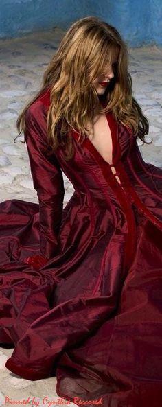 Rosamaria G Frangini | Burgundy Desire |