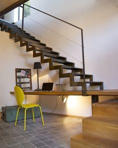 Modern Staircase Design Ideas - Modern stairways can be found in lots of styles and designs that can be actual eye-catcher in the different area. We have actually compiled ideal 10 modern models of stairs that can provide. Interior Stairs, Interior Architecture, Interior And Exterior, Interior Design, Room Interior, Metal Stairs, Modern Stairs, Escalier Design, Stair Handrail