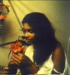 A young, innocent Denise Matthews. Vanity 6, Vanity Singer, Denise Matthews, Star Trek Posters, Kelly Preston, American Bandstand, Gone Girl, Roger Nelson, Prince Rogers Nelson