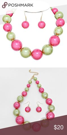 """Chunky Pearl Statement Necklace • Theme : Pearl  • Necklace Size : 17"""" + 3"""" L  • Decor Size : 1 1/4"""" L  • Earrings Size : 1 3/4"""" L • Chunky Pearl Strand Necklace Jewelry Necklaces"""