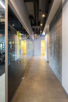 Fitness Design, Gym Design, Track Workout, Gym Workouts, Gym Interior, Interior Design, Gym Decor, Best Gym, Cool Cafe