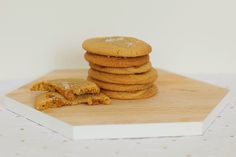 AliCat: Chewy Salted Caramel Cookies