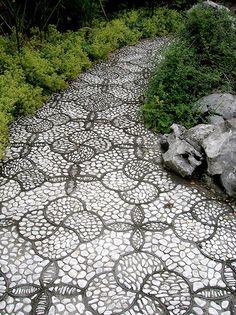 ★ Neutral Grey ★ 15 viali ciottolati fluidi come fiumi - garden-pebble-stone-paths-6 https://www.facebook.com/federica.marcotriggiano