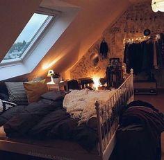 Dark cozy bedroom, fall room decor, home decor, hygge house, cosy apartment Cosy Bedroom, Room Ideas Bedroom, Cozy Room, Bedroom Decor, Bedroom Rustic, Bedroom Vintage, Bedroom Themes, Teen Bedroom, Dream Rooms