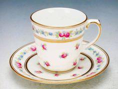 Cauldon tea cup 1905