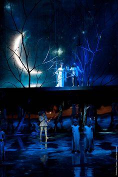 """A Midsummer Night's Dream"" @ the Mariinsky Concert Hall Stage Lighting Design, Stage Design, Floor Design, Set Design Theatre, Prop Design, Shakespeare, Images Esthétiques, Midsummer Nights Dream, Stage Set"