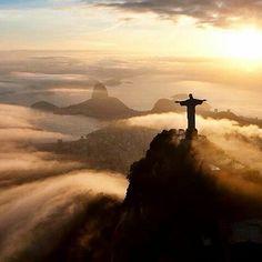 Last but not least from Rio de Janeiro ✨ Christ the Redeemer from above  Stunning!!!Pic by @padamsphoto ✨.. #naturalplease#tourism#wanderlust#travel#traveling#instatraveling#turismo#viagem#travelgram#vacation#photooftheday#beach#life#cool#awesome#amazing#destination#landscape#fog#sunrise#sunset#rio#riodejaneiro#christtheredeemer#cristo#brasil#brazil#aerial#view#rj  #Regram via @naturalplease