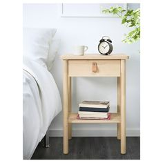 IKEA - BJÖRKSNÄS, Bedside table, birch, Smooth running drawer with pull-out stop. May be combined with other furniture in the BJÖRKSNÄS series. Small Nightstand, Wood Nightstand, Small Bedside Tables, Nightstand Ideas, Small Cupboard, Bedside Table Design, World Of Interiors, Malm, Ideas