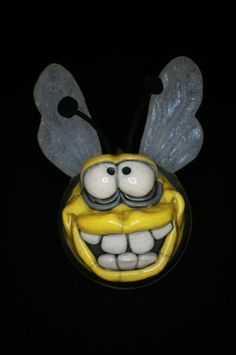 Hanging Raku Bee with silicone wings. Raku Pottery, Pottery Sculpture, Rockhopper Penguin, Clay Cats, Fish Ornaments, Baby Turtles, Little Fish, Baby Dragon, Craft Fairs