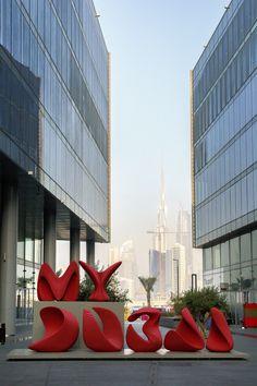 Dubai design Week opens today with its biggest programme to date. Dubai Design Week abre hoje com o seu maior programa