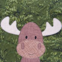 Free Moose Fusible Appliqué from the Woodland Critters Quilt || Sew Mama Sew