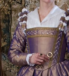 """""""Elizabethan"""" gown """"in the style of the French in the 1560s"""".  Like the beading and slashes..."""