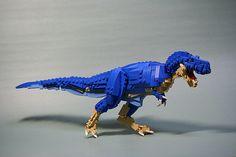 LEGO t-rex. Thats pretty awesome Lego Robot, Lego Mecha, Lego Design, Lego Dinosaurus, Legos, Godzilla, Lego Dragon, Lego Jurassic World, Jurassic Park