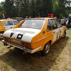 Police Vehicles, Police Cars, Socialism, Buses, Nascar, Vintage Cars, Racing, Trucks, Retro